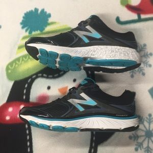 Womens New Balance 940 V3 Sneakers